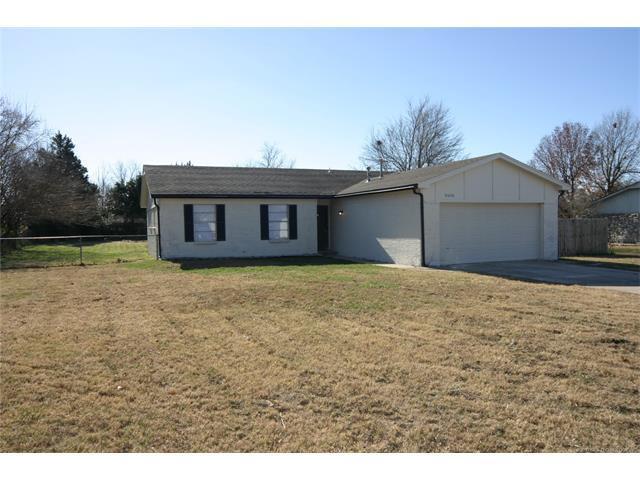 10606 E 113th Street North, Owasso, OK 74055 (MLS #1745405) :: The Boone Hupp Group at Keller Williams Realty Preferred