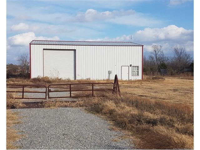 17284 Railroad Street, Phillips, OK 74538 (MLS #1745678) :: The Boone Hupp Group at Keller Williams Realty Preferred