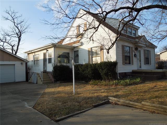 124 N Linden Street, Sapulpa, OK 74066 (MLS #1746021) :: The Boone Hupp Group at Keller Williams Realty Preferred