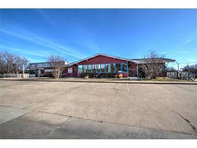 1600 W Kenosha Street, Broken Arrow, OK 74012 (MLS #1746573) :: The Boone Hupp Group at Keller Williams Realty Preferred