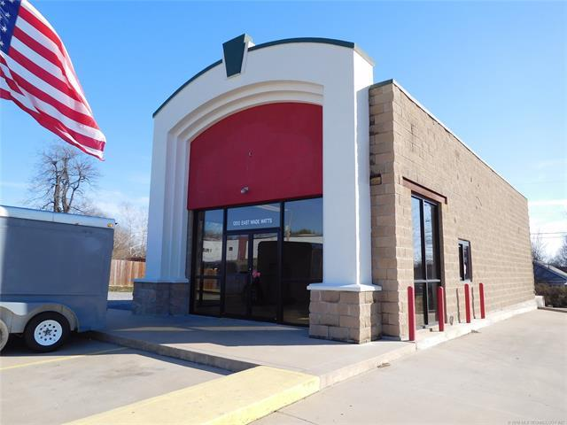 1200 E Wade Watts Avenue, Mcalester, OK 74501 (MLS #1800234) :: The Boone Hupp Group at Keller Williams Realty Preferred
