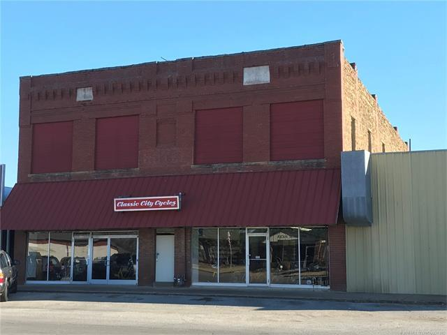 16 W Commercial Street, Inola, OK 74036 (MLS #1800379) :: The Boone Hupp Group at Keller Williams Realty Preferred