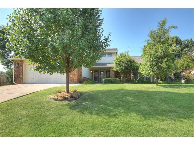 7522 E 65th Place S, Tulsa, OK 74133 (MLS #1800607) :: Brian Frere Home Team