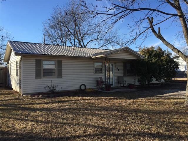 706 N Spruce Street, Stratford, OK 74872 (MLS #1800850) :: The Boone Hupp Group at Keller Williams Realty Preferred