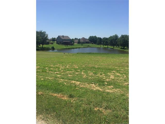 lot 5 Tall Chief Avenue, Skiatook, OK 74070 (MLS #1800937) :: Hopper Group at RE/MAX Results