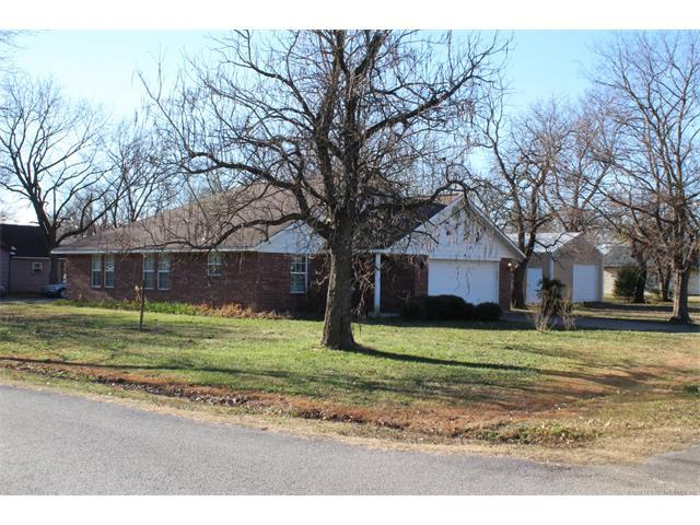 220 SE 1st Street, Inola, OK 74036 (MLS #1801257) :: The Boone Hupp Group at Keller Williams Realty Preferred