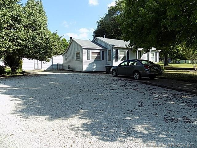 613 N Broadway Street, Holdenville, OK 74848 (MLS #1801699) :: Hopper Group at RE/MAX Results