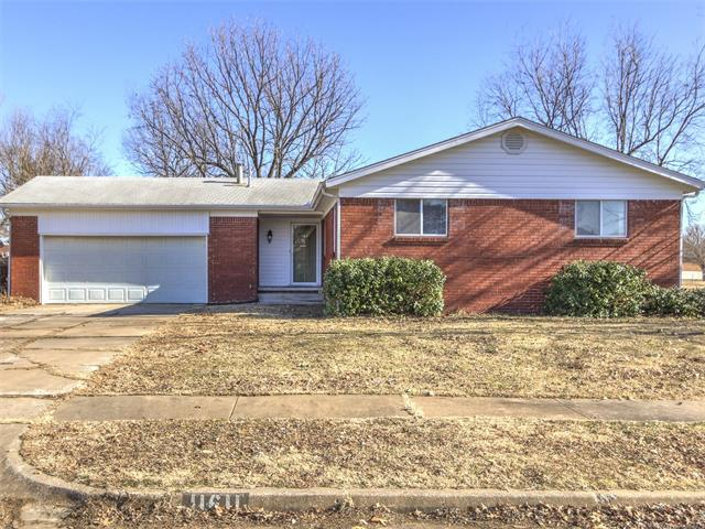 11611 N 103rd East Avenue, Collinsville, OK 74021 (MLS #1802187) :: Hopper Group at RE/MAX Results