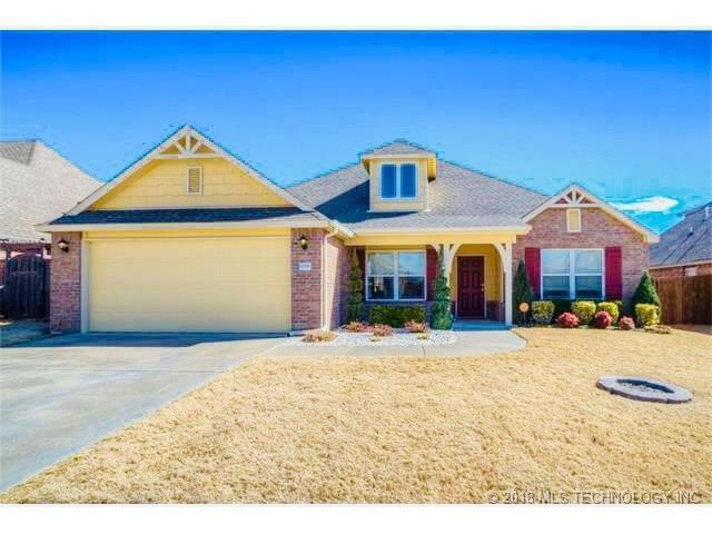 13335 S 20th Place, Bixby, OK 74008 (MLS #1802254) :: Hopper Group at RE/MAX Results