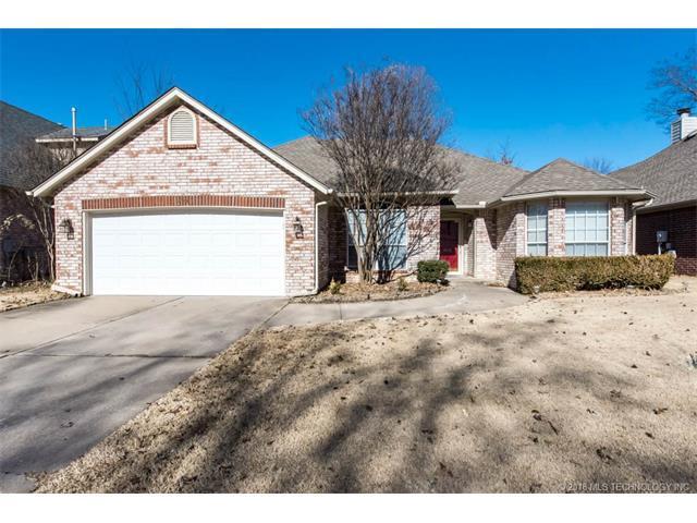 3820 W Ft Worth Street, Broken Arrow, OK 74012 (MLS #1802284) :: Hopper Group at RE/MAX Results