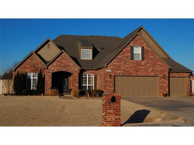 10620 S 214th East Avenue, Broken Arrow, OK 74014 (MLS #1802307) :: Hopper Group at RE/MAX Results