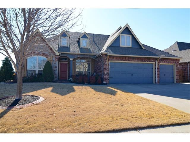 3706 W 110th Place S, Jenks, OK 74037 (MLS #1802347) :: Hopper Group at RE/MAX Results