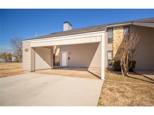 5501 E 48th Place #1, Tulsa, OK 74135 (MLS #1802853) :: The Boone Hupp Group at Keller Williams Realty Preferred