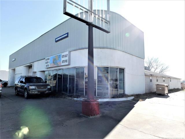 718 W Main Street, Stroud, OK 74079 (MLS #1802913) :: The Boone Hupp Group at Keller Williams Realty Preferred
