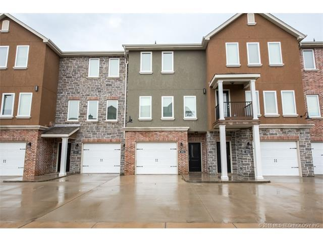 2031 Nova Avenue #4, Bartlesville, OK 74006 (MLS #1803760) :: Brian Frere Home Team