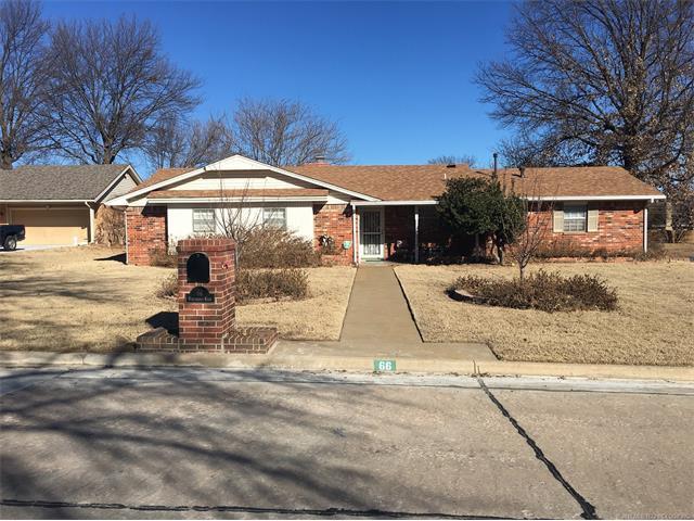 66 Northridge Northridge Street, Shawnee, OK 74804 (MLS #1803869) :: The Boone Hupp Group at Keller Williams Realty Preferred