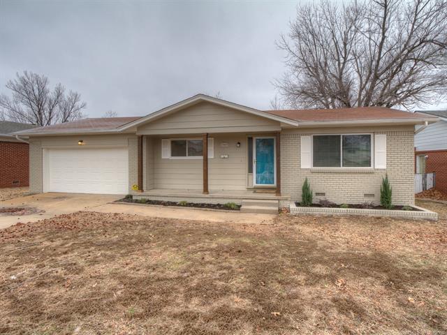 2443 S Fulton Place, Tulsa, OK 74114 (MLS #1804432) :: The Boone Hupp Group at Keller Williams Realty Preferred