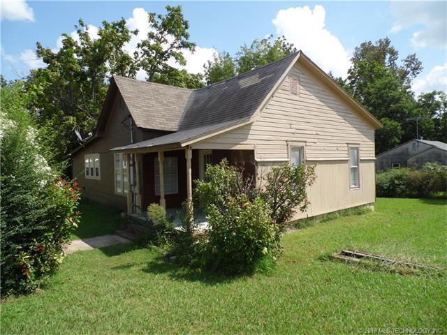 301 S Broadway Street, Coweta, OK 74429 (MLS #1804567) :: The Boone Hupp Group at Keller Williams Realty Preferred