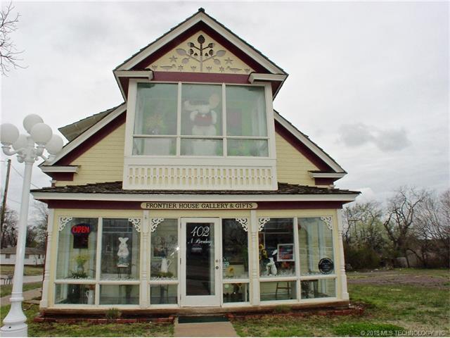 402 N Broadway Street, Coweta, OK 74429 (MLS #1804782) :: The Boone Hupp Group at Keller Williams Realty Preferred