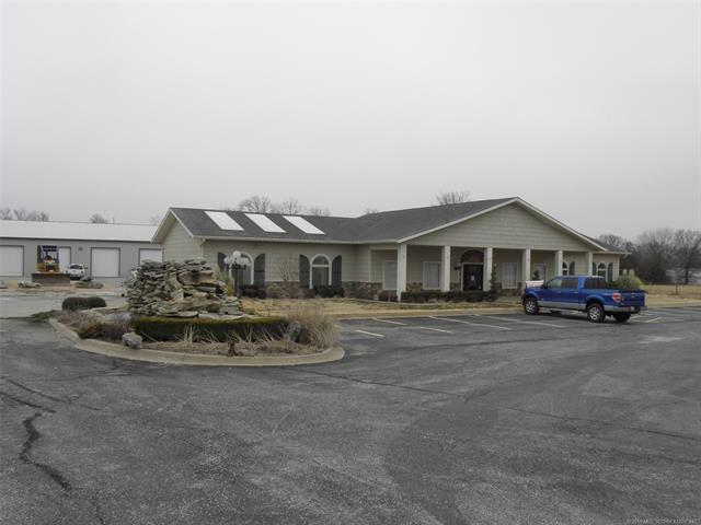 8705 N Hwy 59 Highway N, Grove, OK 74344 (MLS #1804806) :: Brian Frere Home Team