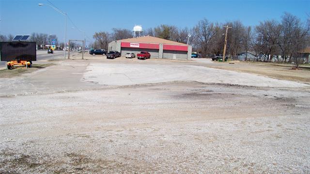 921 N 9th Street, Sapulpa, OK 74066 (MLS #1804903) :: The Boone Hupp Group at Keller Williams Realty Preferred