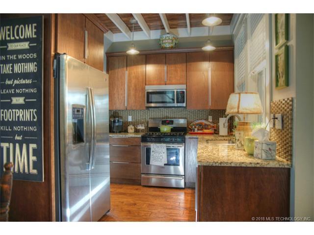 39 Boardwalk Street, Carlton Landing, OK 74432 (MLS #1805012) :: Hopper Group at RE/MAX Results