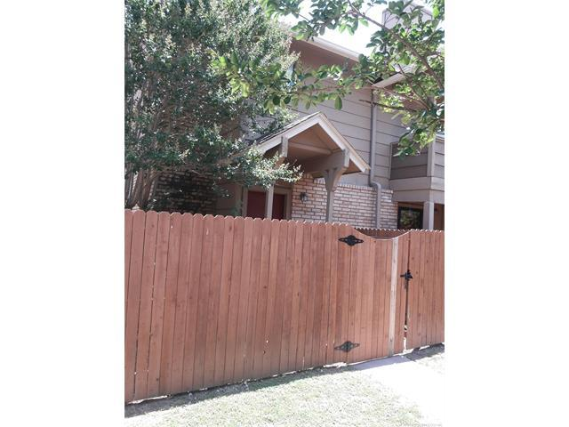 2834 E 90th Street #1805, Tulsa, OK 74137 (MLS #1805374) :: The Boone Hupp Group at Keller Williams Realty Preferred