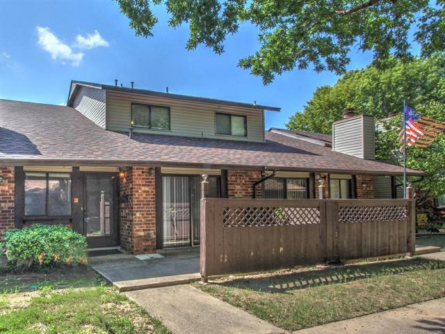 1314 S 110TH East Avenue 55-2B, Tulsa, OK 74128 (MLS #1805524) :: Hopper Group at RE/MAX Results