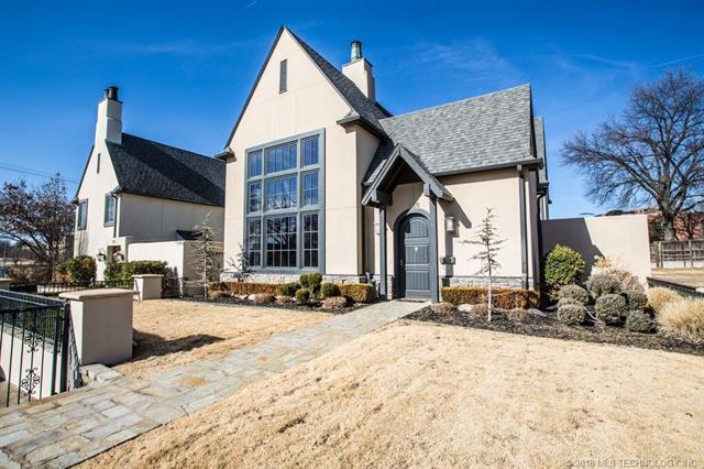2105 E 24th Street, Tulsa, OK 74114 (MLS #1805758) :: The Boone Hupp Group at Keller Williams Realty Preferred