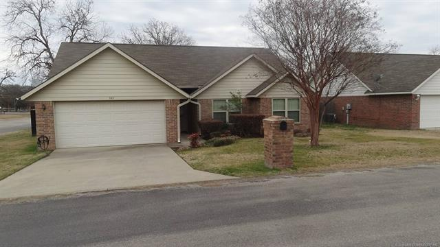901 Rogers Avenue, Madill, OK 73446 (MLS #1805920) :: The Boone Hupp Group at Keller Williams Realty Preferred