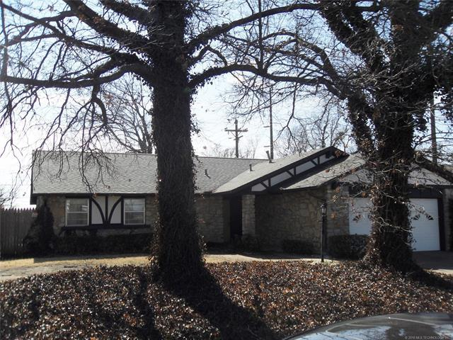8814 E 27th Street, Tulsa, OK 74129 (MLS #1805940) :: The Boone Hupp Group at Keller Williams Realty Preferred