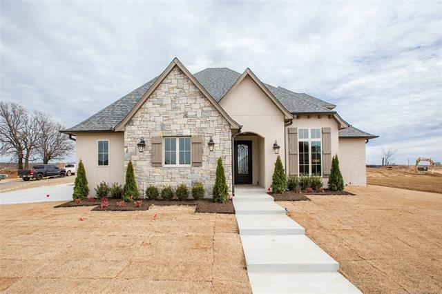 13003 S 5th Place, Bixby, OK 74037 (MLS #1806052) :: The Boone Hupp Group at Keller Williams Realty Preferred