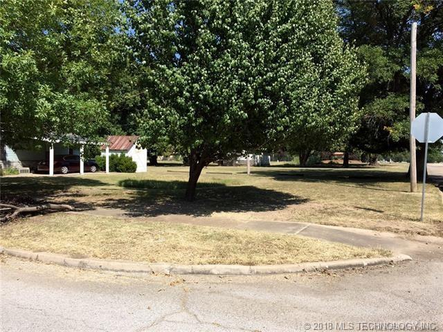 308 S Normal Avenue, Claremore, OK 74017 (MLS #1806294) :: The Boone Hupp Group at Keller Williams Realty Preferred