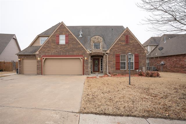 14106 E 87th Court North, Owasso, OK 74055 (MLS #1806419) :: The Boone Hupp Group at Keller Williams Realty Preferred