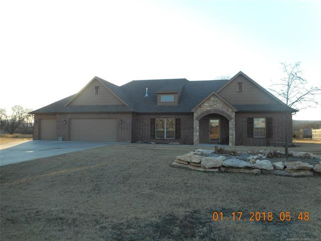 20750 S Oqeche Street, Claremore, OK 74019 (MLS #1806484) :: The Boone Hupp Group at Keller Williams Realty Preferred