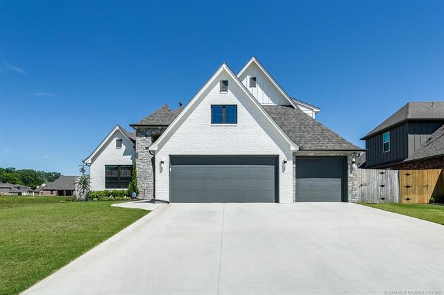 12473 S 68th East Avenue, Bixby, OK 74008 (MLS #1806518) :: 918HomeTeam - KW Realty Preferred