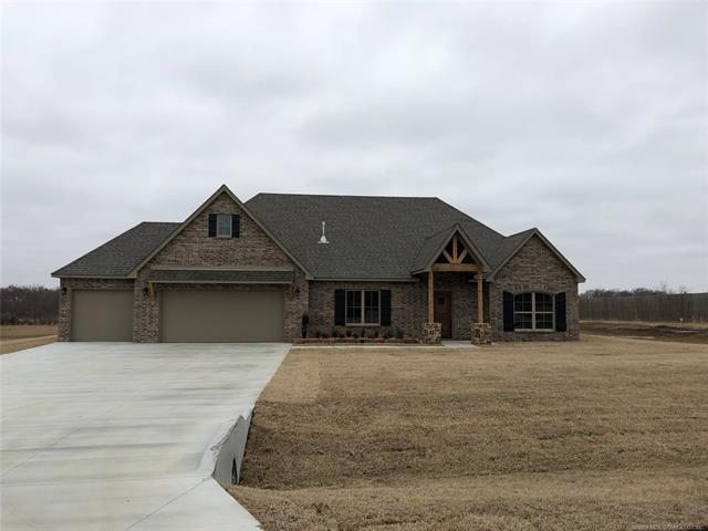 14670 Eagle Drive, Claremore, OK 74017 (MLS #1806567) :: The Boone Hupp Group at Keller Williams Realty Preferred