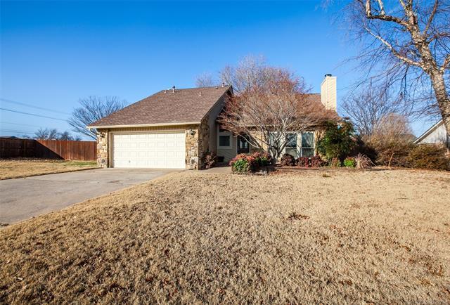 8113 E 75th Street, Tulsa, OK 74133 (MLS #1806578) :: The Boone Hupp Group at Keller Williams Realty Preferred