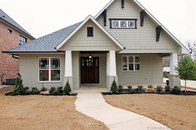 2204 E 17th Street, Tulsa, OK 74104 (MLS #1806699) :: 918HomeTeam - KW Realty Preferred