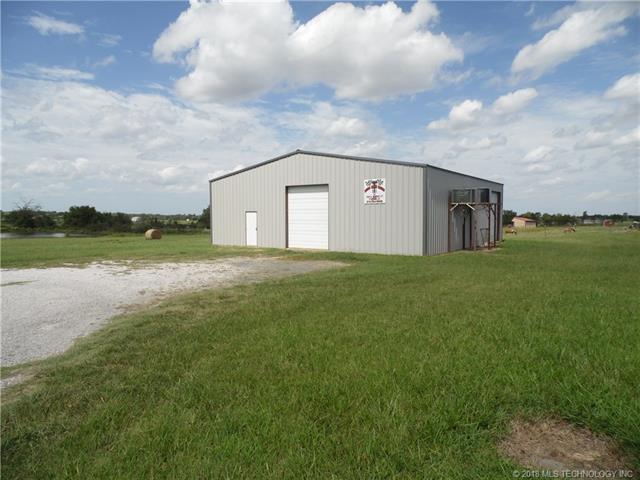 1225 E Allred Street, Porter, OK 74454 (MLS #1807159) :: The Boone Hupp Group at Keller Williams Realty Preferred