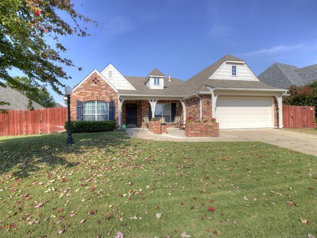9306 N 101st East Avenue, Owasso, OK 74055 (MLS #1807389) :: The Boone Hupp Group at Keller Williams Realty Preferred