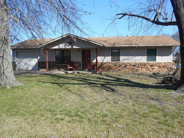 1306 N Bennett Avenue, Wagoner, OK 74467 (MLS #1807700) :: The Boone Hupp Group at Keller Williams Realty Preferred