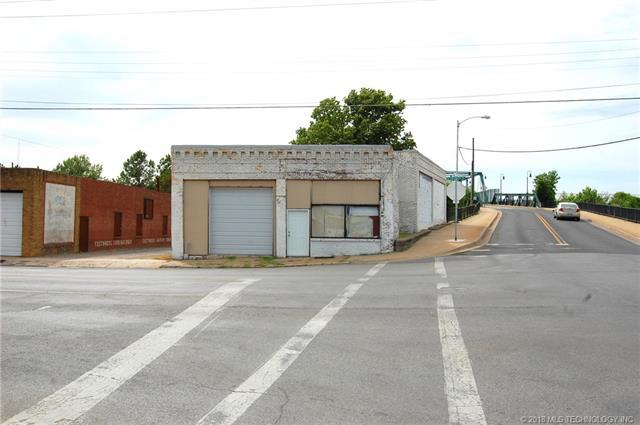 223 N Cherokee Street, Muskogee, OK 74403 (MLS #1807779) :: The Boone Hupp Group at Keller Williams Realty Preferred