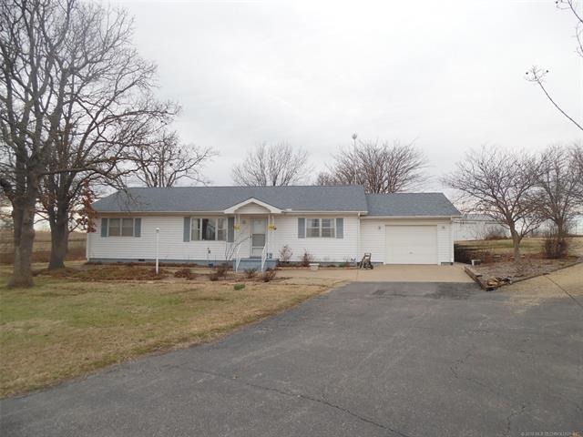 2324 S Oak Grove Road, Cushing, OK 74023 (MLS #1807874) :: The Boone Hupp Group at Keller Williams Realty Preferred