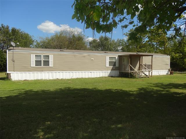 306 N Chase Street, Nowata, OK 74048 (MLS #1808016) :: The Boone Hupp Group at Keller Williams Realty Preferred