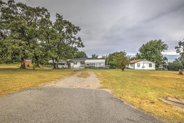 10514 S 49th West Avenue, Sapulpa, OK 74066 (MLS #1808827) :: The Boone Hupp Group at Keller Williams Realty Preferred