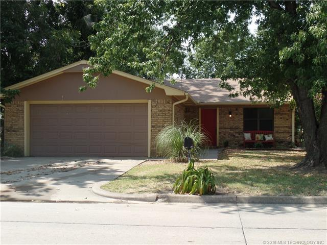 2403 N A Street, Mcalester, OK 74501 (MLS #1808952) :: The Boone Hupp Group at Keller Williams Realty Preferred