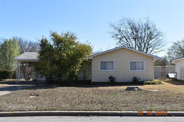 104 Sunset Drive, Madill, OK 73446 (MLS #1809574) :: The Boone Hupp Group at Keller Williams Realty Preferred