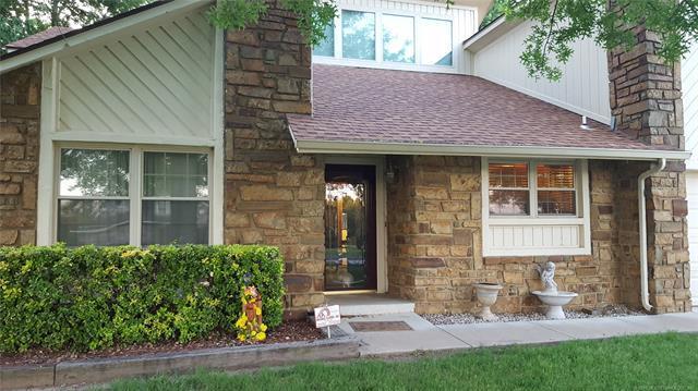 9326 Clearview Drive, Broken Arrow, OK 74014 (MLS #1809780) :: Brian Frere Home Team