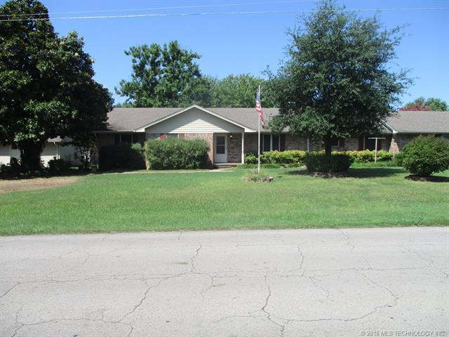 1911 Central Street, Poteau, OK 74953 (MLS #1809944) :: The Boone Hupp Group at Keller Williams Realty Preferred
